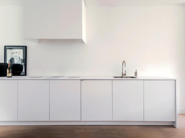 Piet-boon-kitchen-minimal-kitchen-concept-white-overview.jpg