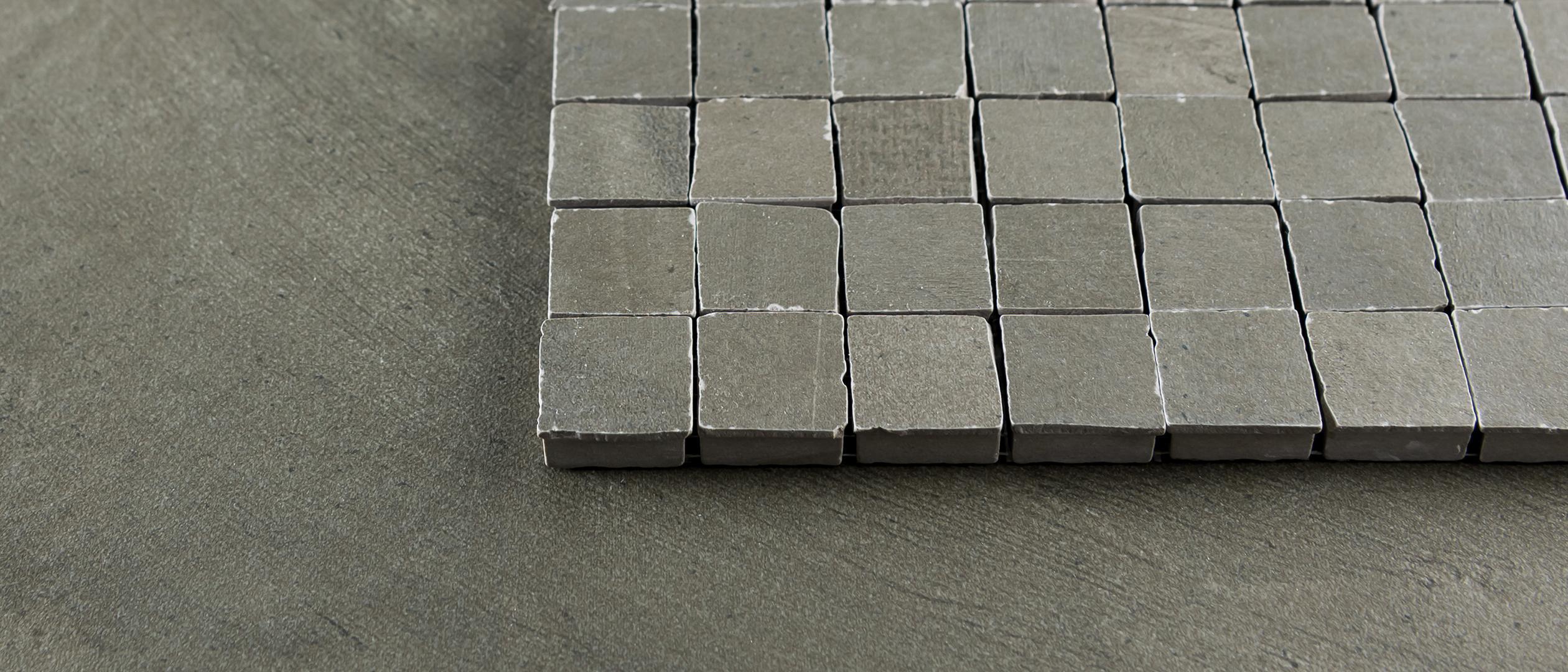 Tegels en natuursteen door Douglas & Jones