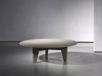 YKE coffee table