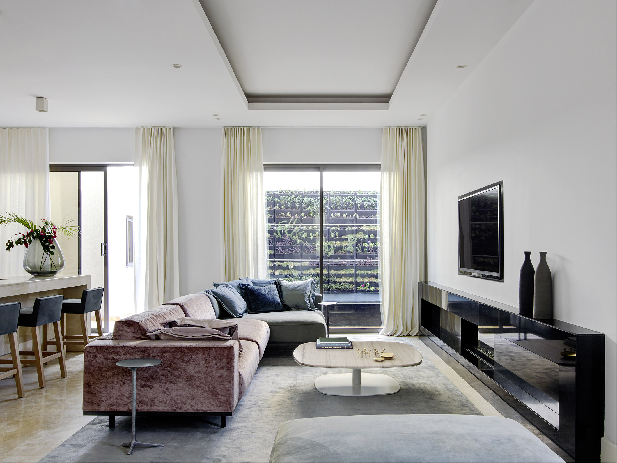 Jaweher Villas Riyadh with DON sofa and pouf, SAAR bar stool, KEK coffee table and KLINK side table