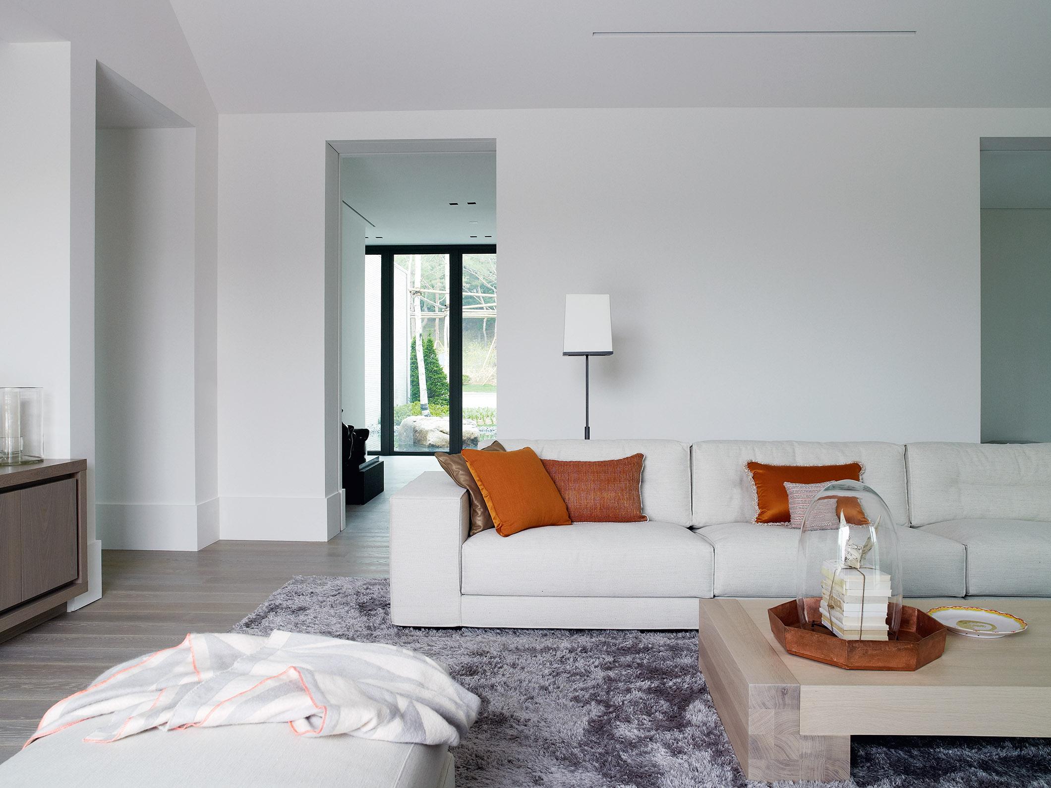 Oak Valley Residential Resort with DIEKE sofa, TOOS coffee table and KLAAR lighting by Maretti