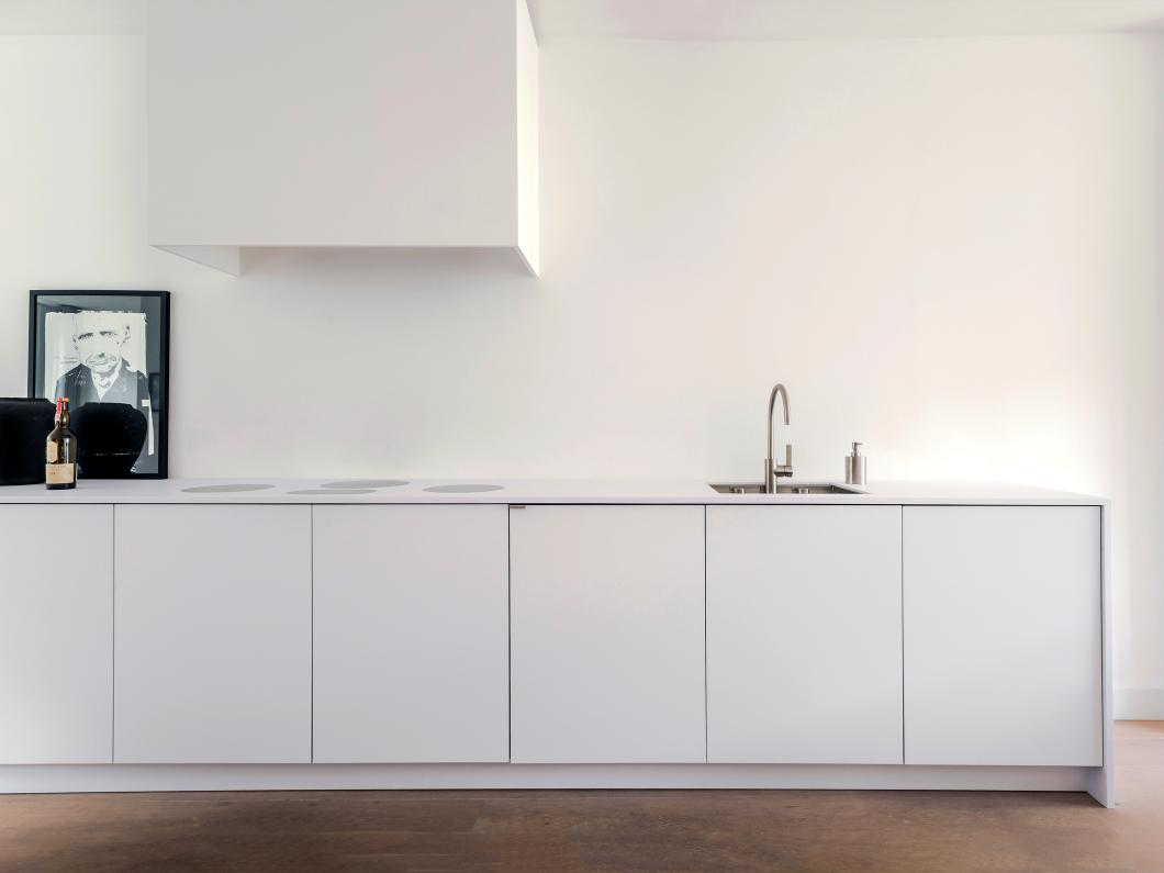 Piet-boon-kitchen-minimal-kitchen-concept-white-big-image.jpg