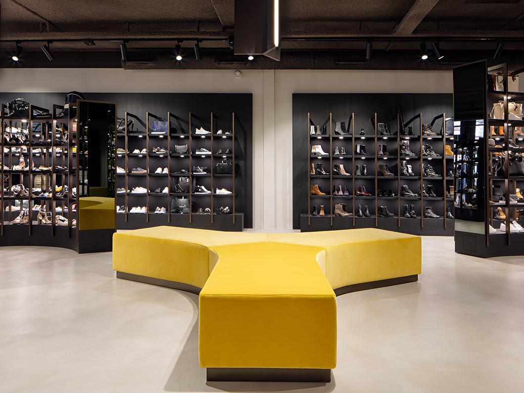 Schoenenwinkel Kinderschoenen.Omoda Schoenenwinkel Studio Piet Boon