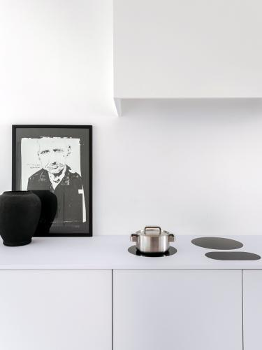 Piet-boon-kitchen-minimal-kitchen-concept-white-05.jpg