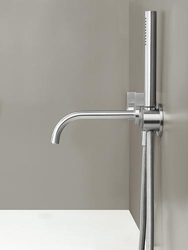 Bath tap by Cocoon