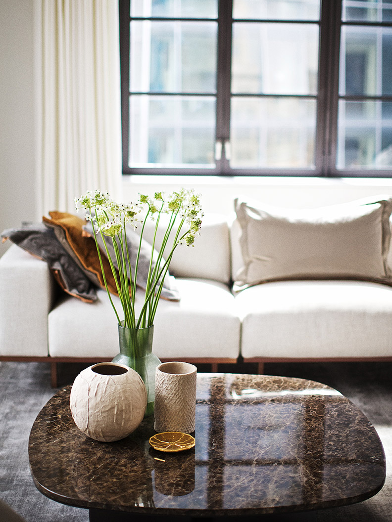 Luxury Condominiums Huys in New York City with DON sofa and KEK coffee table