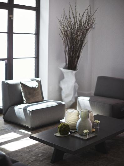 ITSKE coffee table, DOUTZEN armchair at Huys 404 model apartment