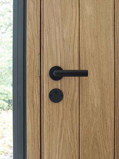 INC door handle by Formani