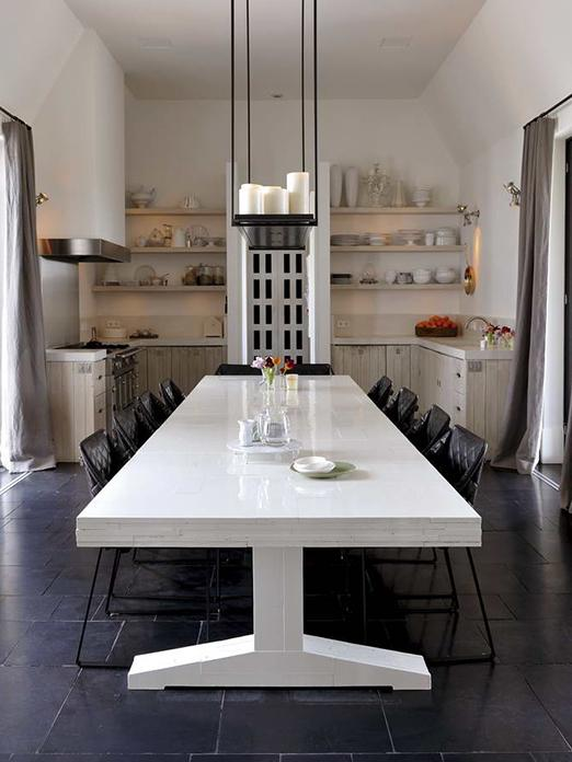 Amsterdam Villa with KEKKE dining chair