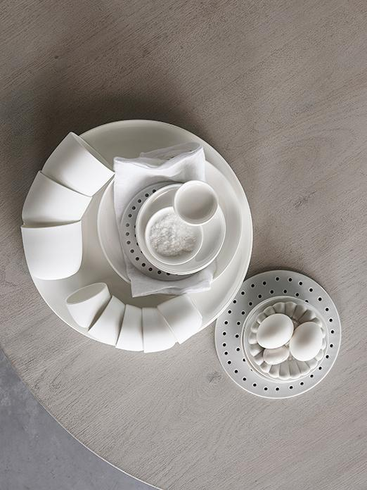 Tableware by Serax and ELEMENT kitchen